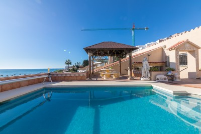 3 bedroom 2 bathroom detached villa for sale in El Castillo, Fuengirola