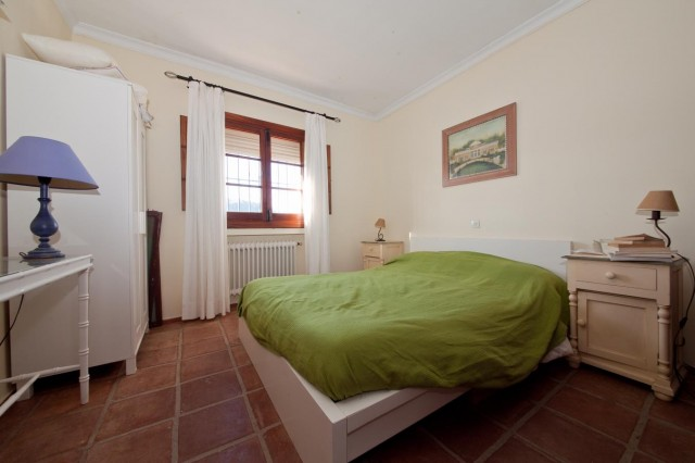 Chalet bedroom 2 Mansion Close to the sea Finca Style with exstensive grounds and stables Costa del Sol