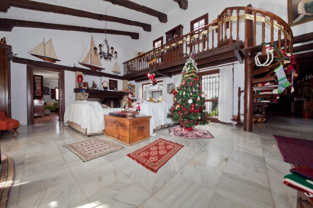 Main Lounge Mansion Close to the sea Finca Style with exstensive grounds and stables Costa del Sol