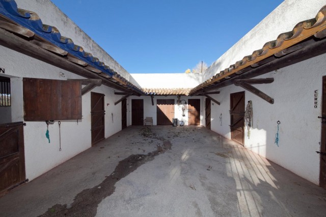 Stables details Mansion Close to the sea Finca Style with exstensive grounds and stables Costa del Sol