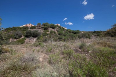 Elviria - Mostly flat building plot with a south westerly aspect.