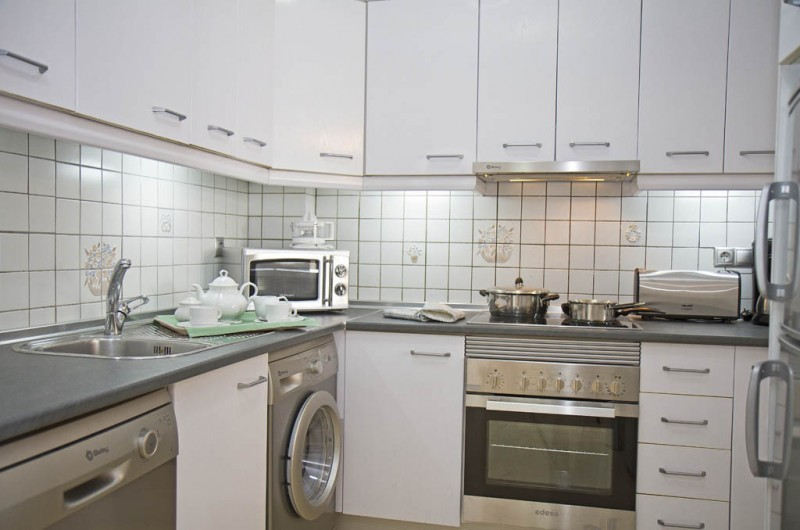 2 bedroom kitchen - Matchroom