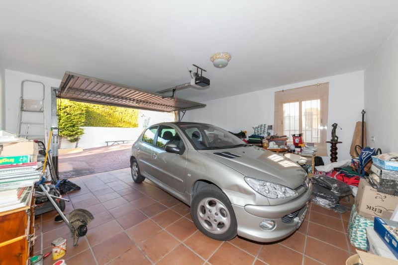 Garage Luxury Villa Mijas Golf-12