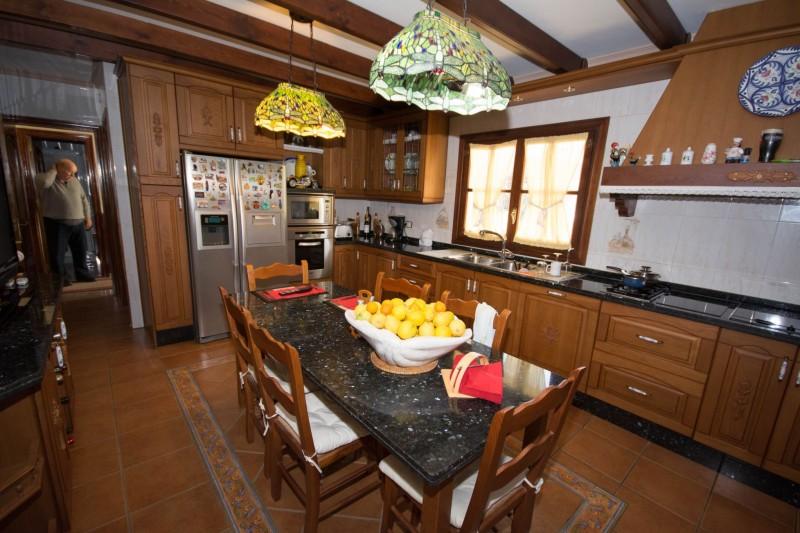 MMM4872M Kitchen