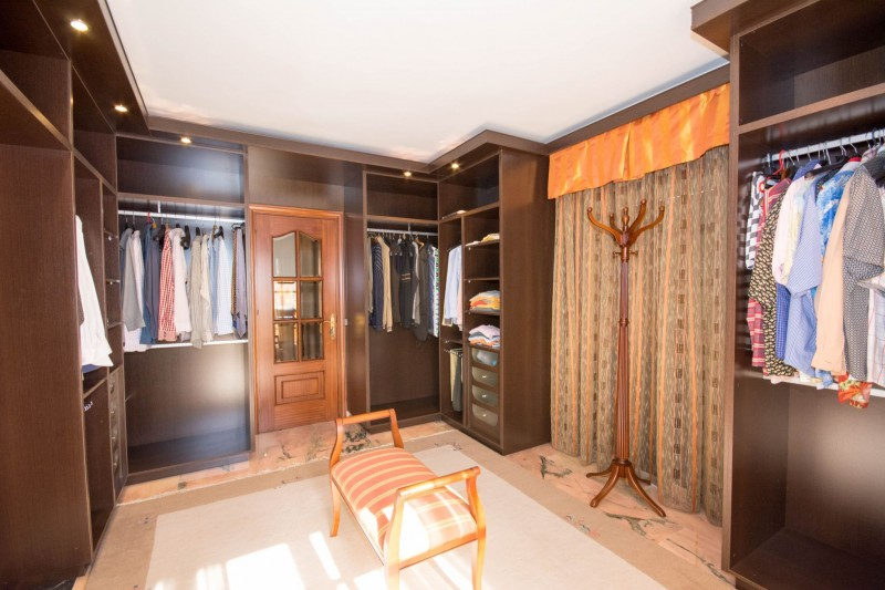 MMM4872M Dressing room