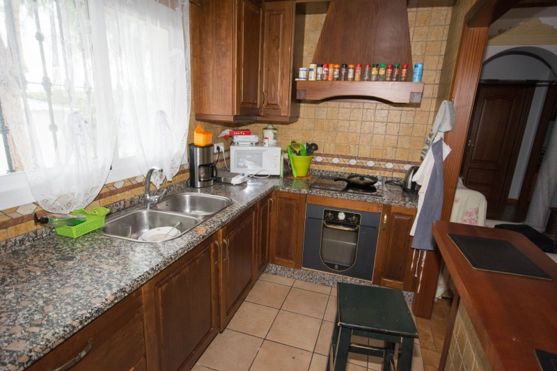 MMM4872M Guest house kitchen