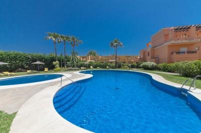 Very spacious 2 bedroom (originally 3) 2 bathroom duplex penthouse apartment for sale in Los Cartujanos, Guadalmina Alta, Marbella