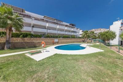 2 bedroom, 2 bathroom ground floor apartment with private garden for sale in Riviera Park, Riviera del Sol