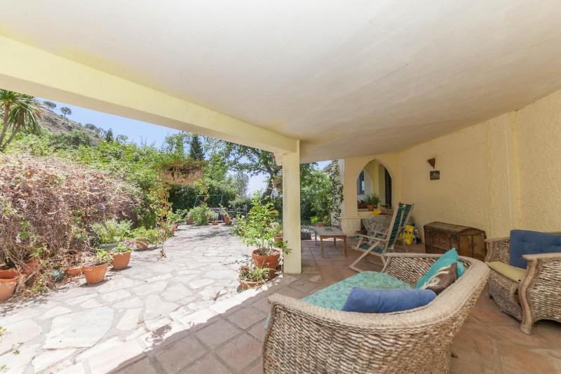 Covered terrace Finca Casares-20