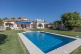 711406 - Villa for sale in El Pilar, Estepona, Málaga, Spain