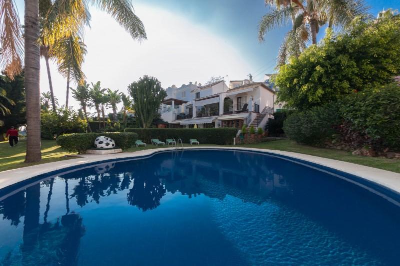 Comunal pool Marbella Luxury Area Townhouse-12