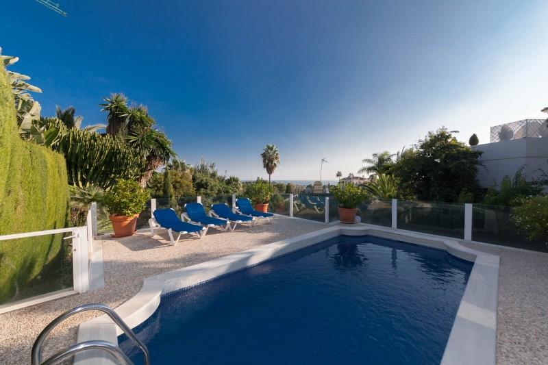 Private pool Marbella Luxury Area Townhouse-11