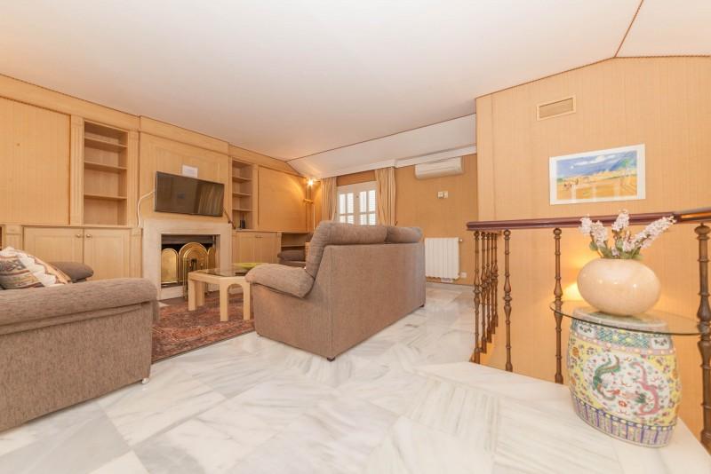 Upper Lounge Marbella Luxury Area Townhouse-3