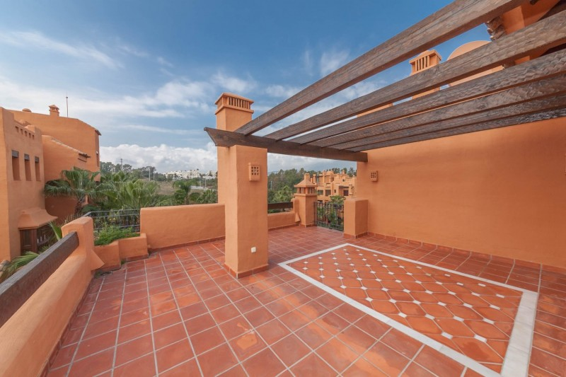 Solarium 1 Puerto Banus Alzambra Hill Club Penthouse-13