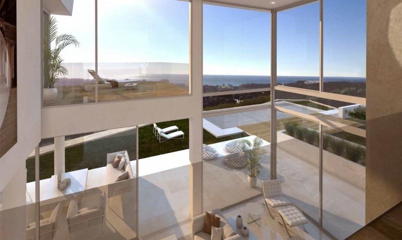 Full height living space