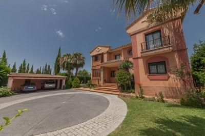Large family villa in Monte Biaritz close to Marbella