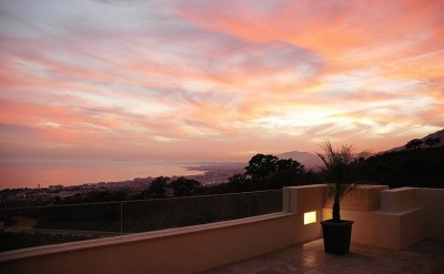 Stunning corner penthouse in Los Monteros Hill Club, Marbella with amazing sea views