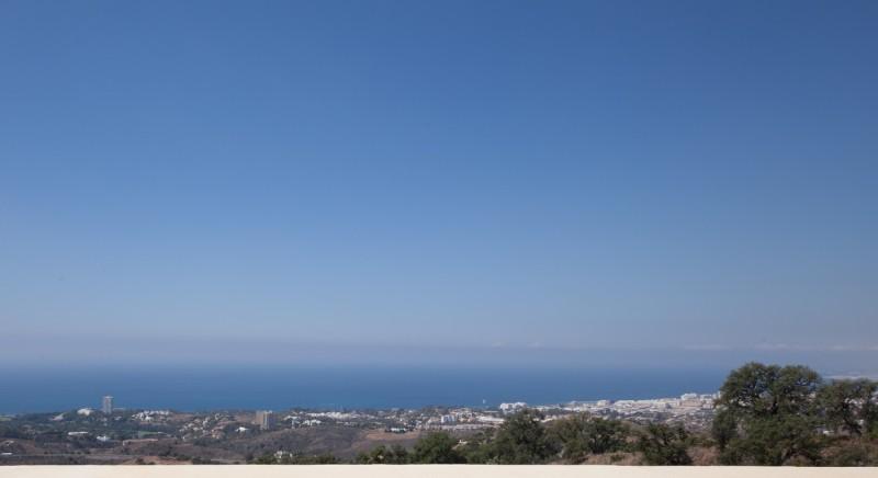 Los Monteros Hill Club view-1