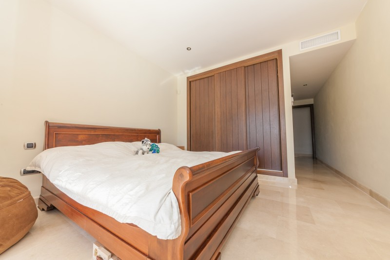 Bedroom 2 mainfloor Villa Mijas Golf-6