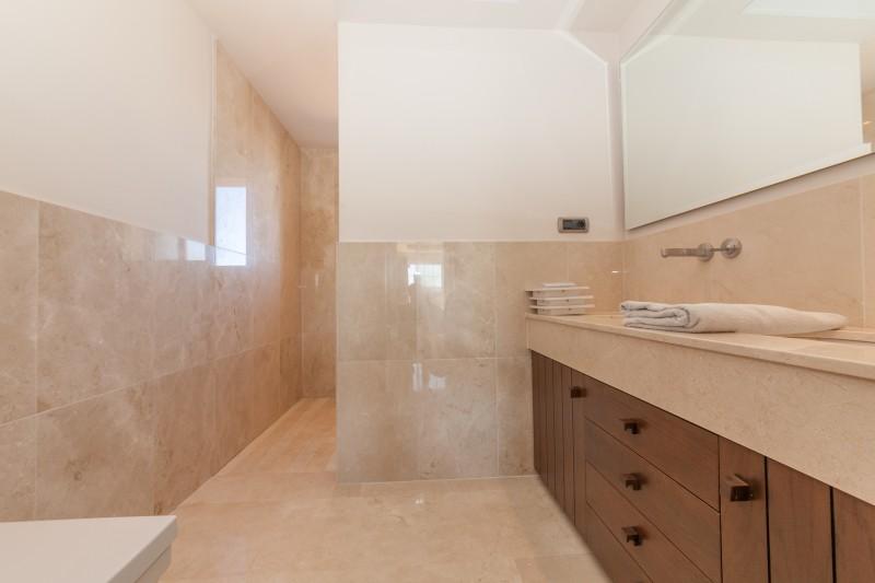 Master Bathroom detail Villa Mijas Golf-11