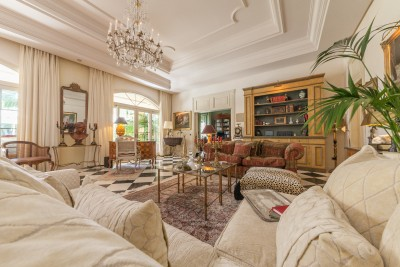 Very special luxury character villa in Guadalmina Baja, Marbella.