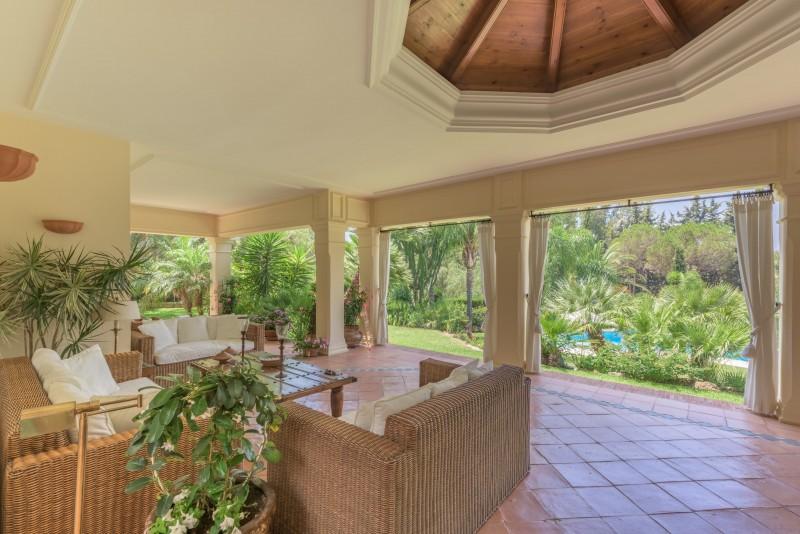Perfect Villa Paraiso-13 (Custom)