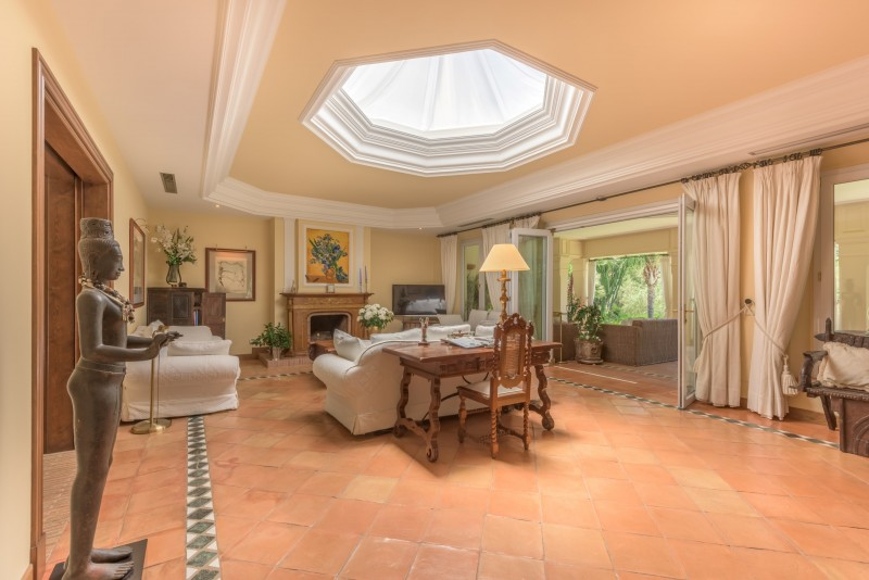 Perfect Villa Paraiso-11 (Custom)