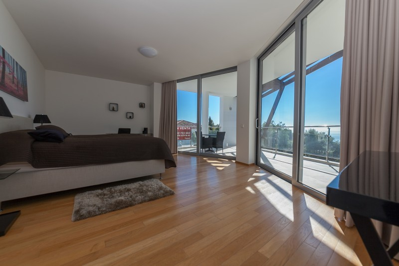 Master bedroom Meisho Hills-10