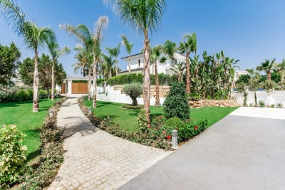 Amazing luxury villa in Golf Valley, Nueva Andalucia, Marbella