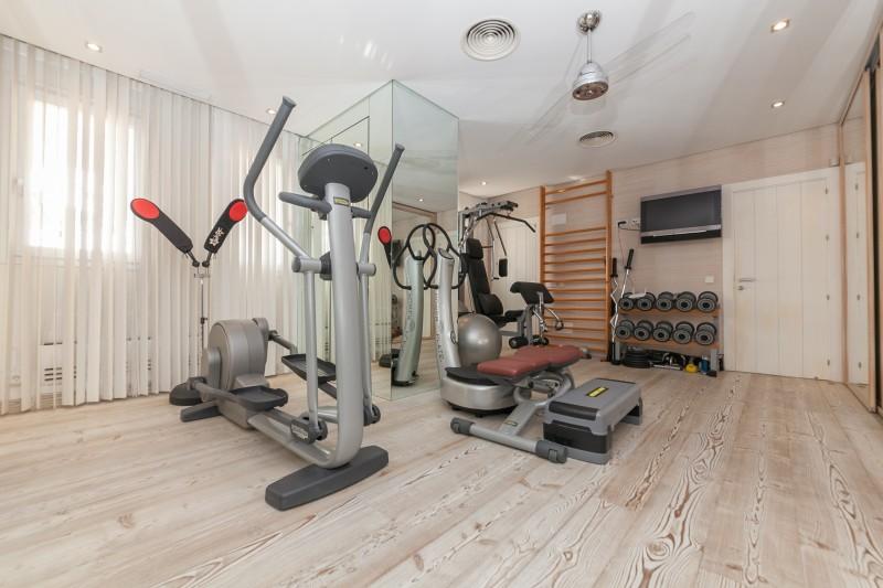 Combined Gym dressing area Casasola Villa-18