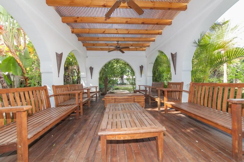 Garden detail Casasola Villa-25