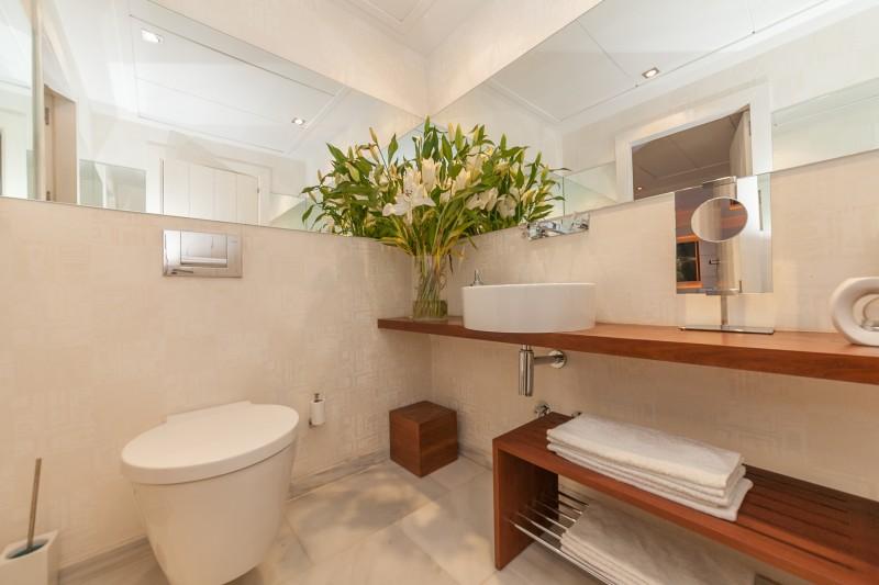Guest toilet Casasola Villa-14