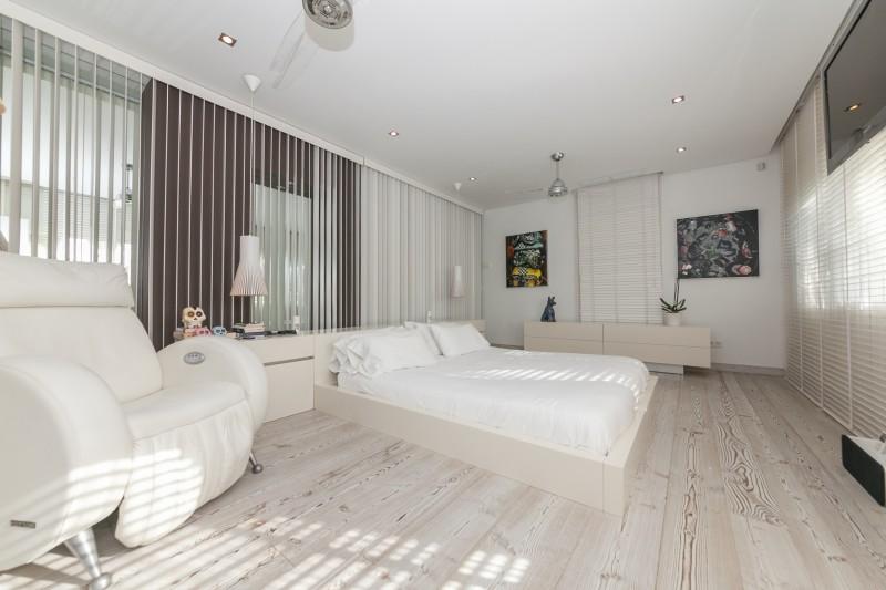 Master bedroom Casasola Villa-17