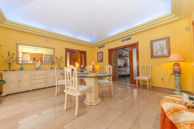 Dining Area Luxury Villa Torremolinos Montemar Carihuela-5