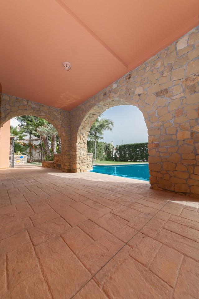 Covered terrace Luxury Villa Torremolinos Montemar Carihuela-27