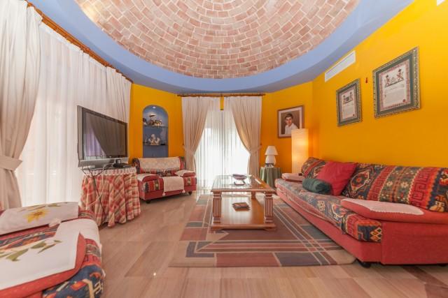 Winter lounge Luxury Villa Torremolinos Montemar Carihuela-6