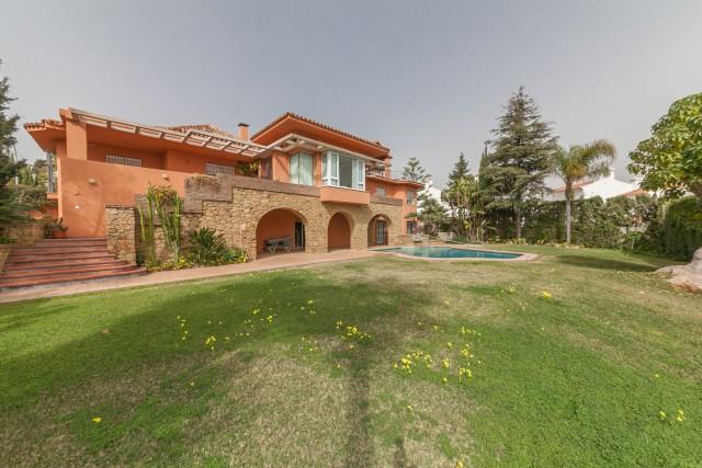 Side Luxury Villa Torremolinos Montemar Carihuela-22