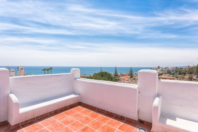 Apartment For Sale In Arroyo Vaquero Estepona Málaga