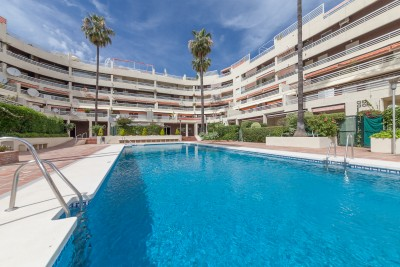 Large apartment with garage for sale at Parque Marbella in Marbella Centro