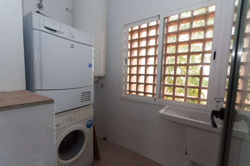 Apt- Laundry room