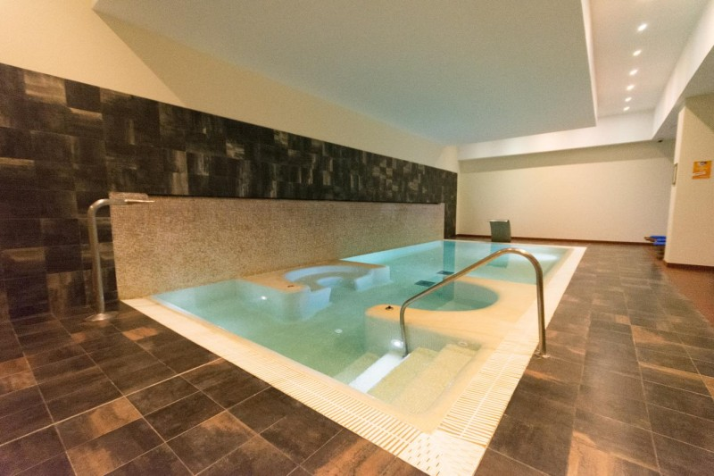 Indoor pool Apartment
