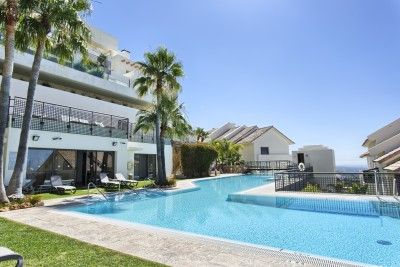Los Monteros Hill Club, Marbella - penthouse with panoramic sea views
