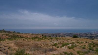 Byggplot på Buenavista, Mijas (nära El Higueron Restaurant) med fantastisk utsikt över kusten.