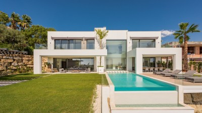 New Luxury villa at La Alqueria, Benahavis