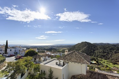 New, luxury, contemporary styled villa under construction in Los Arqueros