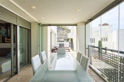 Modern appartement met 2 slaapkamers te koop bij Los Flamingos Golf.