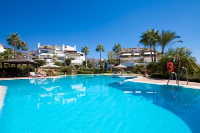 Exceptionally large 2 bedroom 2 bathroom  luxury apartment for sale at Monte Paraiso Country Club, Golden Mile Marbella