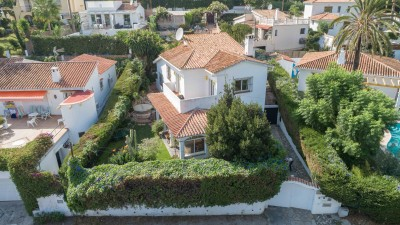 Nueva Andalucia villa for sale - 4 bedroom villa for sale
