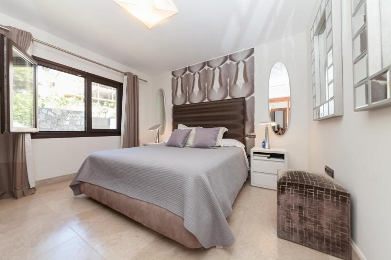 Nueva Andalucia Villa Marbella Costa del Sol-14