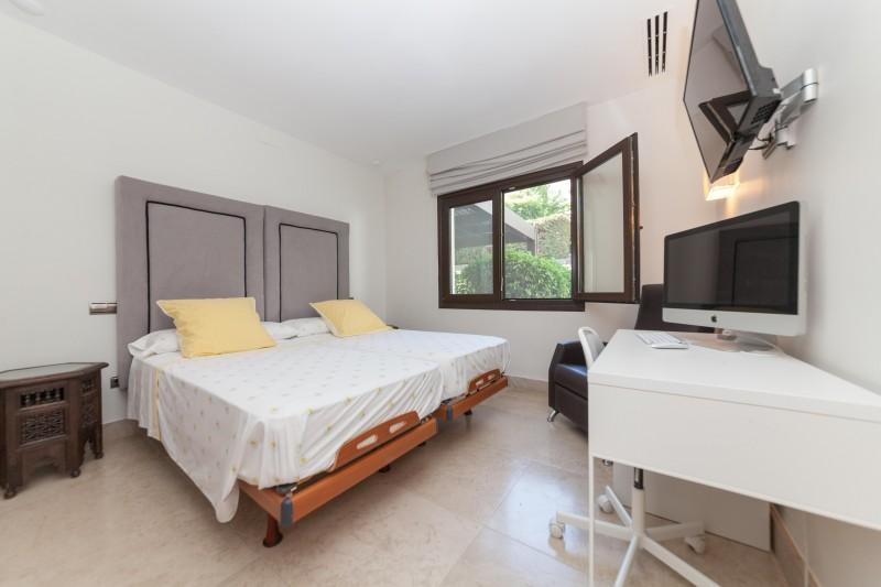 Nueva Andalucia Villa Marbella Costa del Sol-12